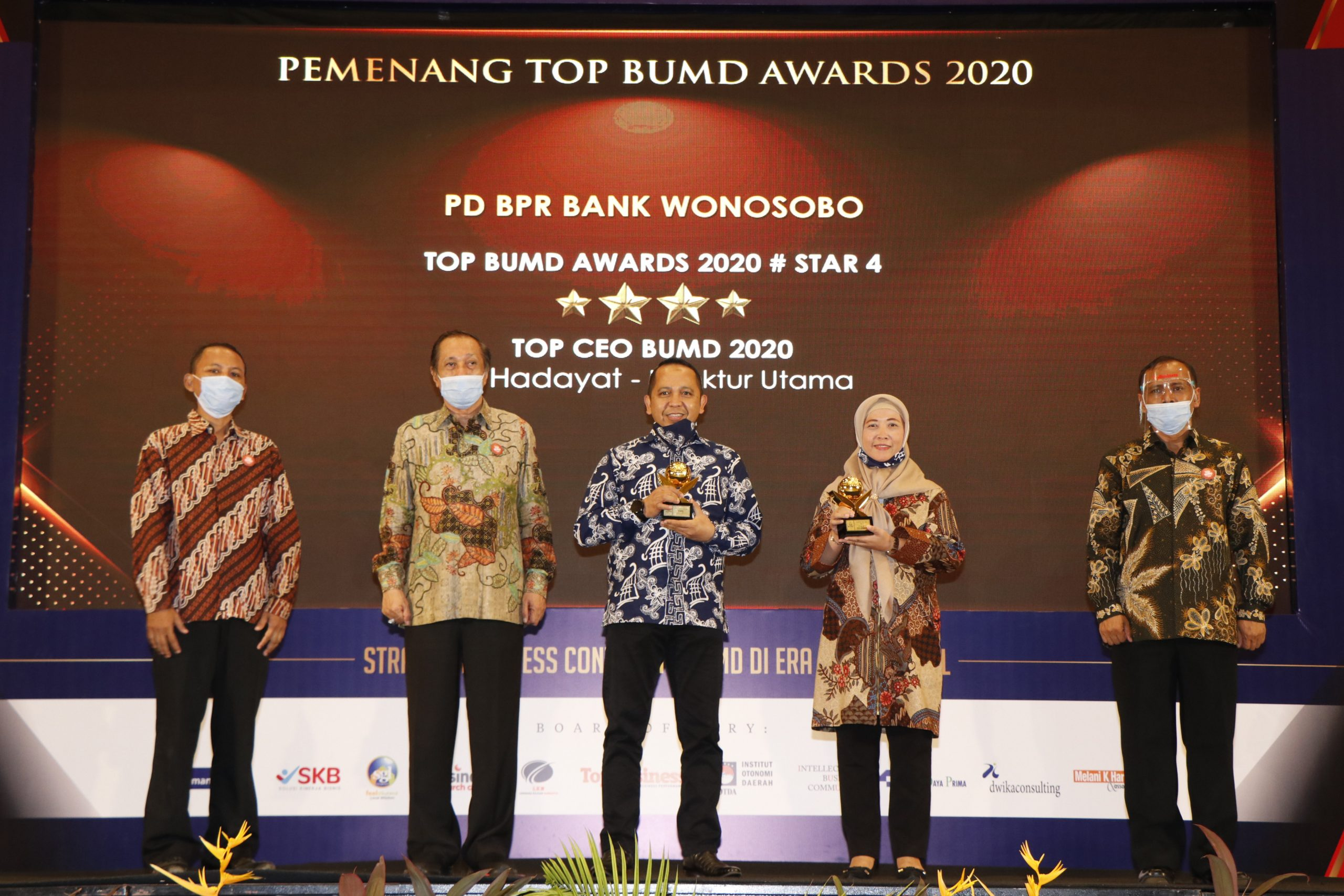 PT BPR Bank Wonosobo raih Prestasi TOP BUMD Award 2020